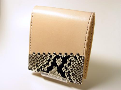ダイヤモンドパイソン サドルレザー(ヌメ革)二つ折り財布、ウォレット hw2